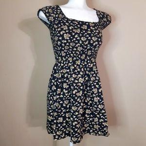 Billabong   stretchy top of the shoulder dress